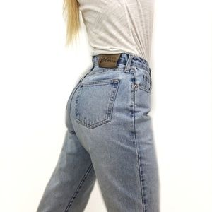 Vintage Express High Waisted Button Fly Mom Jeans